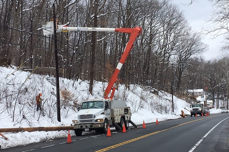New York State powerline repair