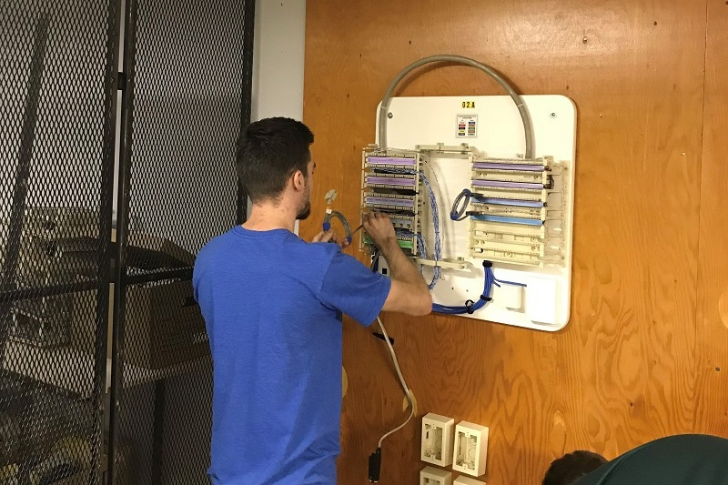 network cabling specialist trainee